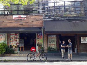 Um panorama dos comércios  na Berrini